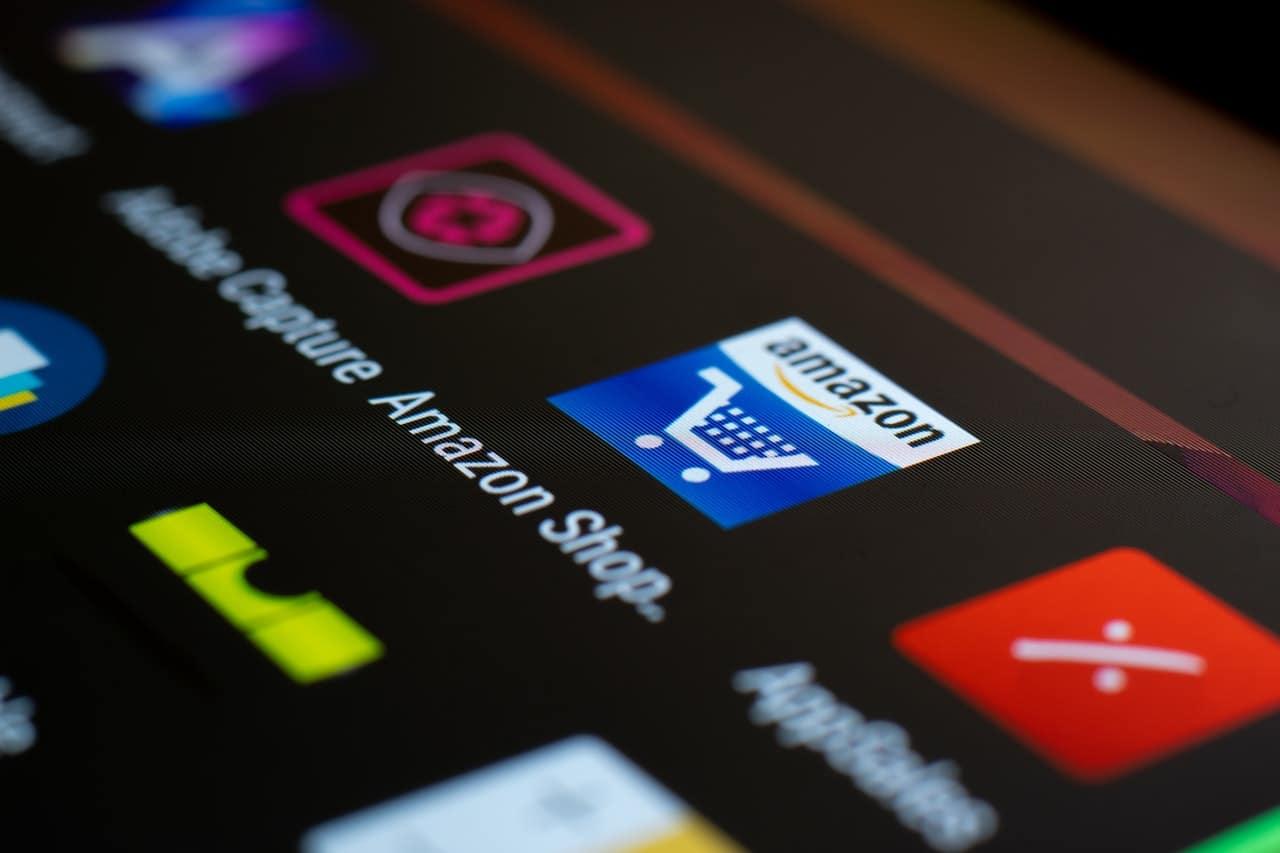 online-sales-store-shopping-2020-retail-store-ecommerce-Jeff-Bezos